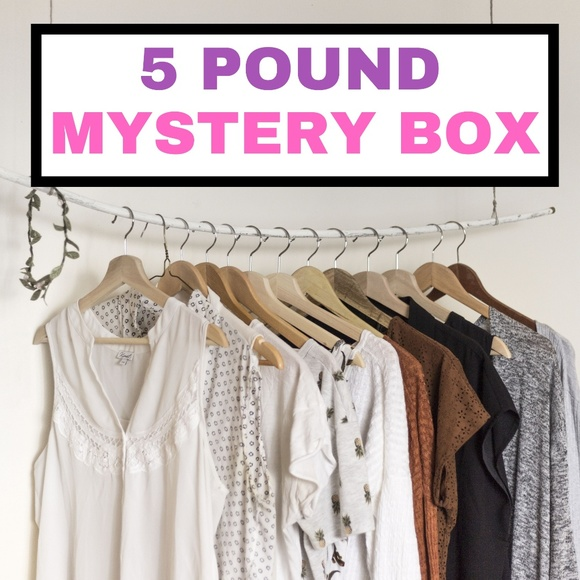 Mystery Women/'s Clothing and Accessories lot